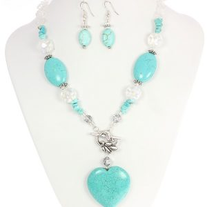 Turquoise_Heart_Necklace